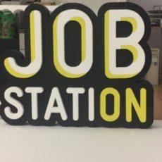 logo polystyrene job station par Polydecoup